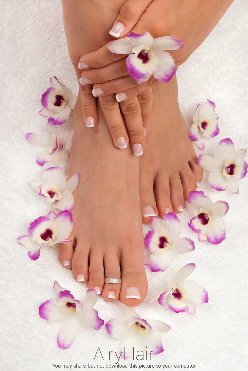Easy to do pedicure and manicure color match