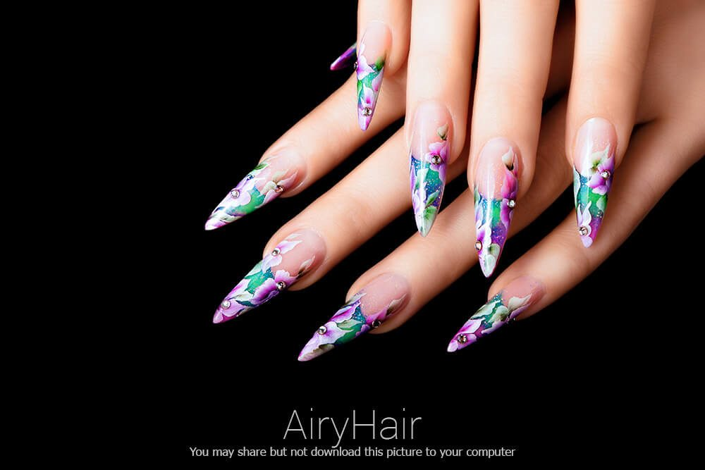 10 Amazing Nail Art Manicure Examples