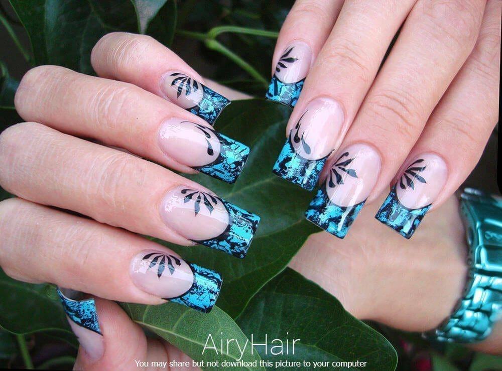Sea blue manicure art