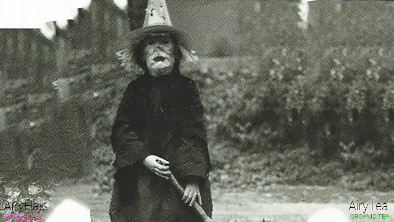 Top 20 Old & Absolutely Creepy Halloween Costumes