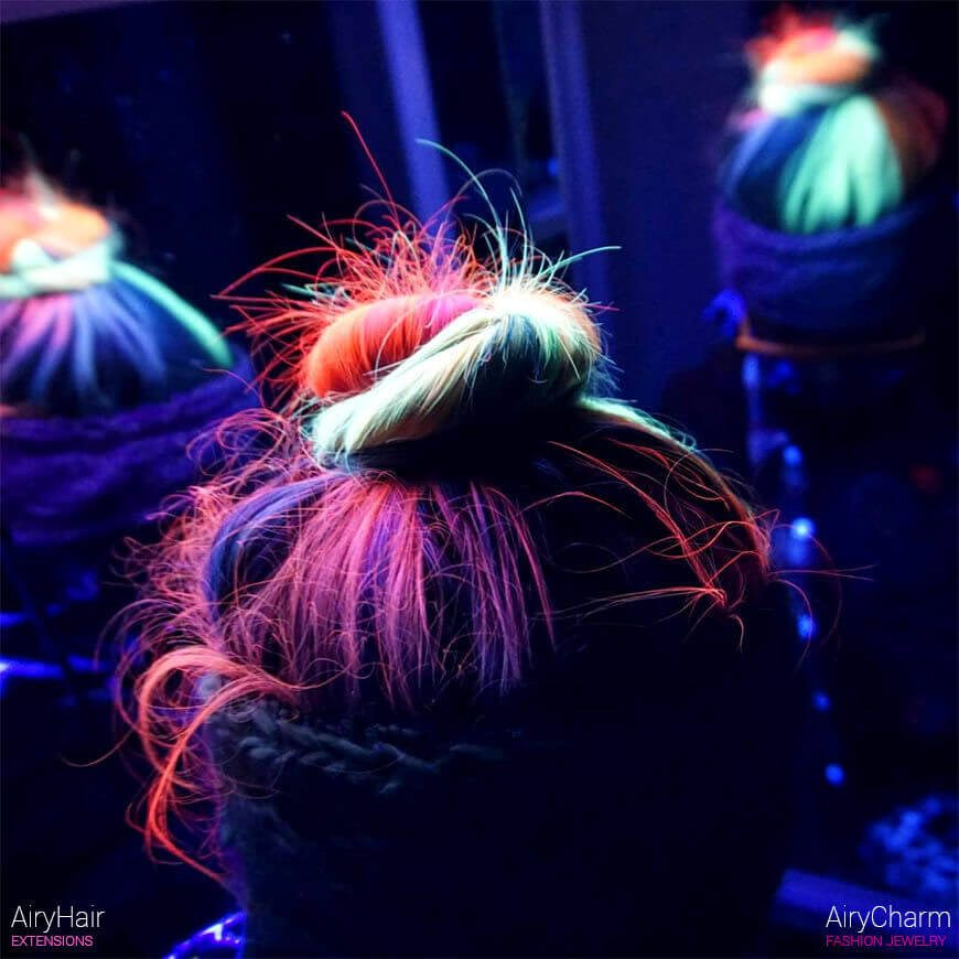Neon glow in the dark bun