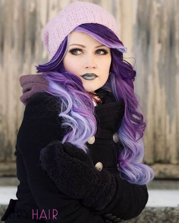 Hair with shades of blue and violet