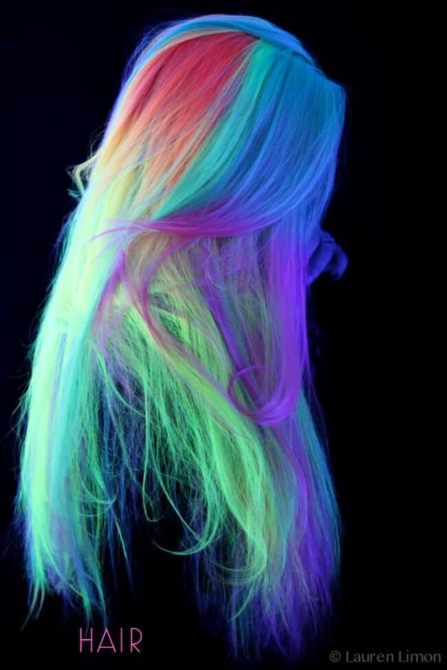 Glow in dark hair