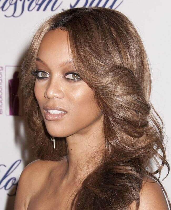 Tyra Banks with Hair Extensions